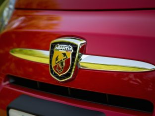 [TEST] Abarth 500 Badges (front and back)