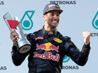 Daniel Ricciardo: Is his Renault move the right choice?